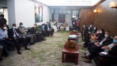Agenzia italiana cooperazione allo sviluppo, sede di Addis Abeba. L'Italia sostiene lo sviluppo della filiera del caffè in Etiopia, Visita della Titolare della Sede Isabella Lucaferri alla nuova struttura del Coffee Training Centre: Cerimonia del caffè con gli Stakeholder