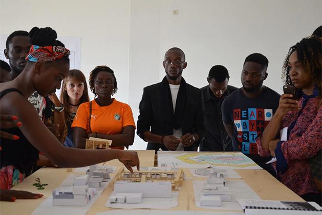 """""""Cam On!"""", scuola di architetti """"fai da te"""" in Camerun"""
