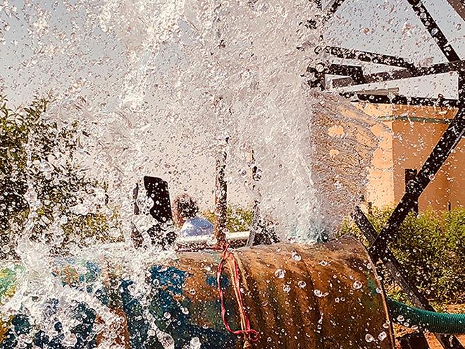 Aics Khartoum - Perforazione di un pozzo (profondità 183 metri). L'impianto idrico (sistema di pompaggio, un serbatoio di 13 mc e sistema di distribuzione) migliorerà le condizioni igienico sanitarie di circa 3.000 abitanti di Al Fatah, 40 km dalla capitale.