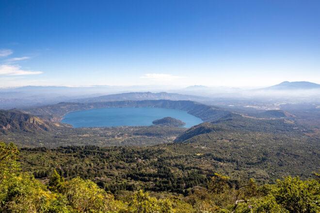 Giornta dell'Ambiente- San Savador, La caldera e lago di Coatepeque. L'ecosistema naturale del bacino del lago di Caotepeque